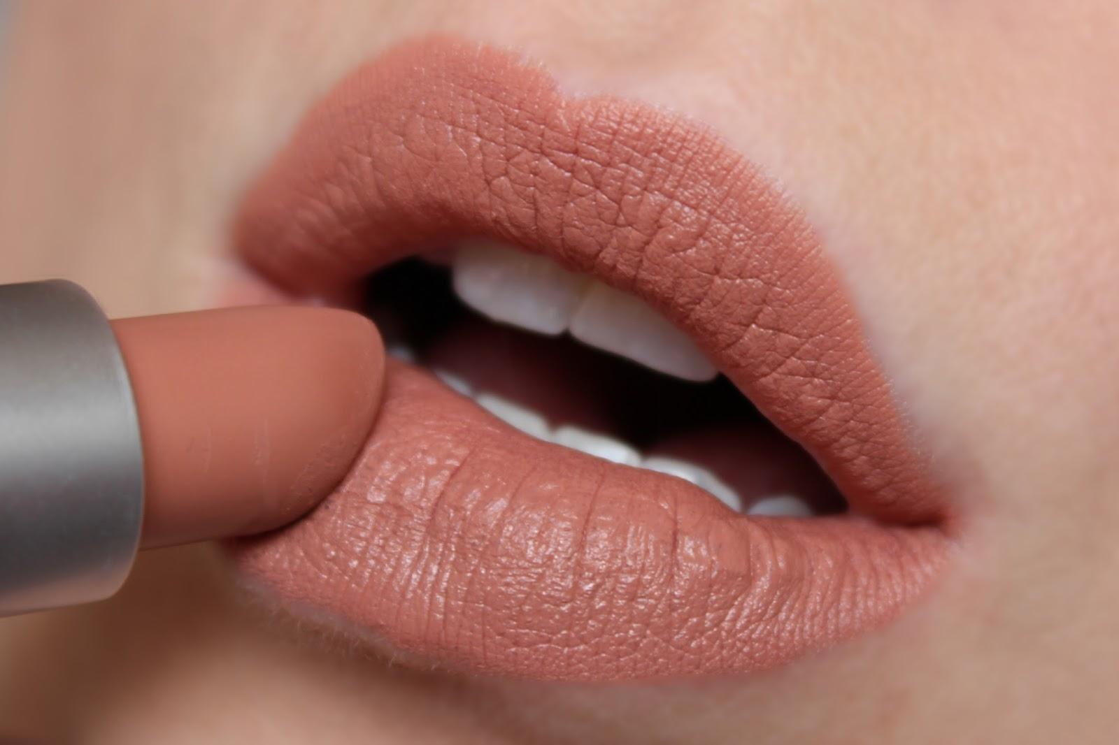 Super MAC Honeylove Lipstick   Review & Swatches   BRITISH BEAUTY ADDICT DF01