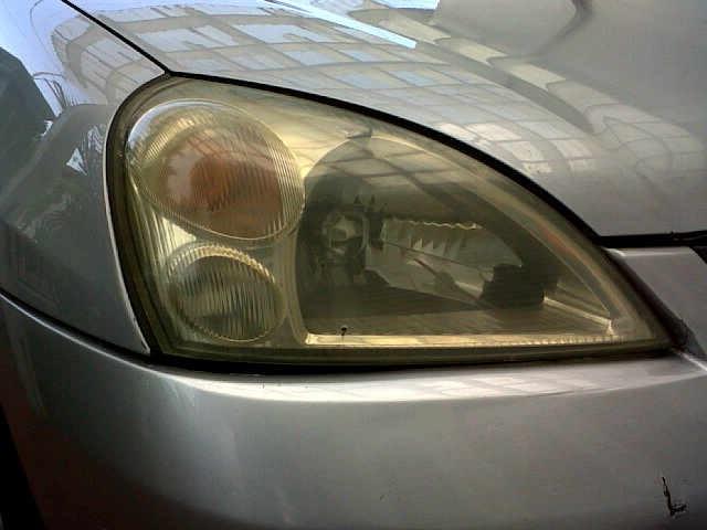 Cara Ampuh Hindari Mika Lampu Mobil Menguning