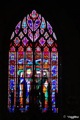 Vetrata della Chiesa di Saint Leonard Fougeres