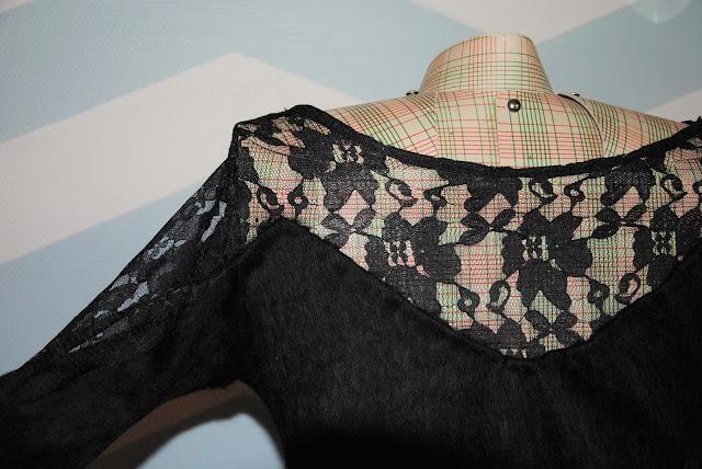 pull bimatière dentelle couture