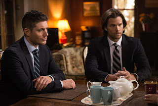 "Jensen Ackles as Dean Winchester & Jared Padalecki as Sam Winchester in Supernatural 11x16 ""Safe House"""