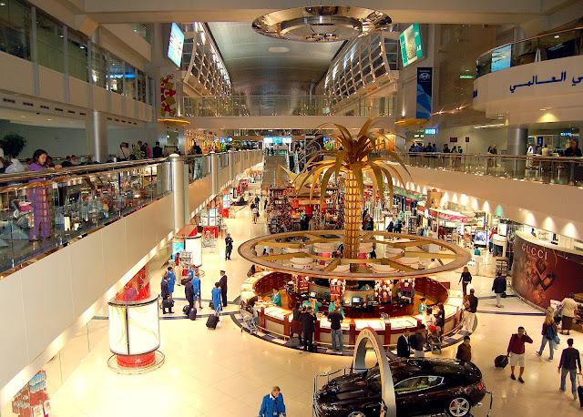 Aeropuerto Internacional de Dubai tiene jardines, una piscina, un spa y un gimnasio