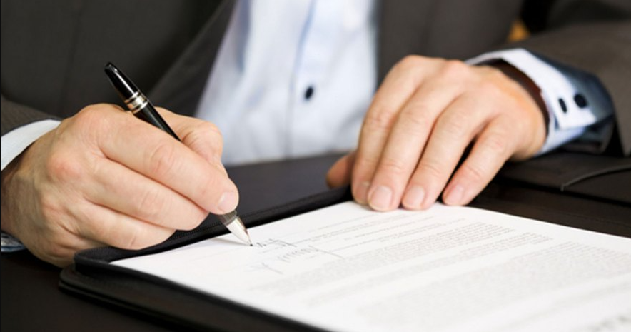 What Should Be Included in Your Independent Contractor Agreement?