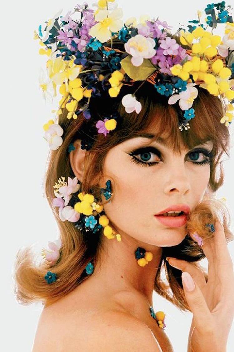 A Vintage Nerd, Vintage Blog, Vintage Floral Hairstyles, 1960's Hair Inspiration, Vintage Spring Hairstyles, Floral Hairstyles, Vintage Lifestyle Blog
