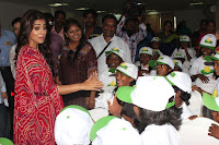 Shriya Saran and Meenakshi Dixit Pos at Quaker Feed A Child Campaign  0010.jpg