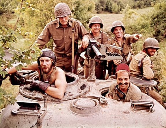 Kelly's Heroes movieloversreviews.filminspector.com Donald Sutherland