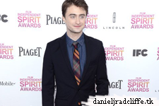 Updated(2): Daniel Radcliffe presents at the Spirit Awards