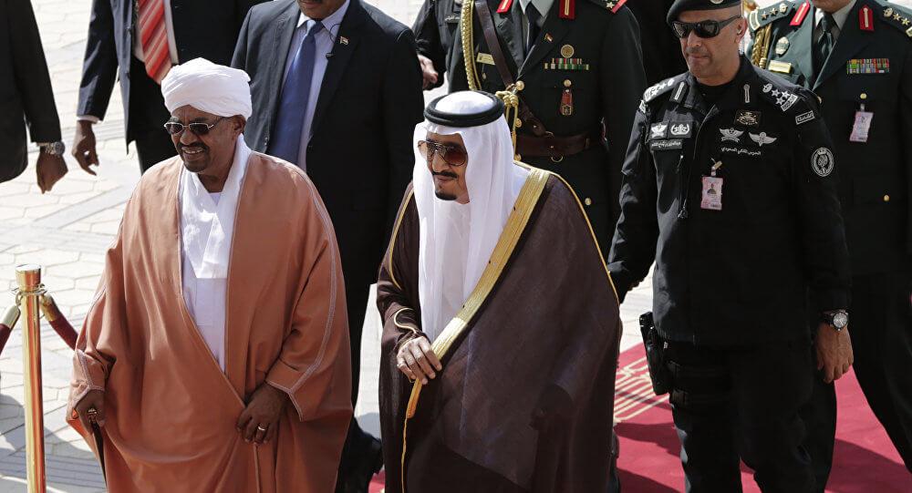 الأمير تركي الفيصل يكشف عرض البشير الذي رفضته السعودية لأول مرة بالفيديو