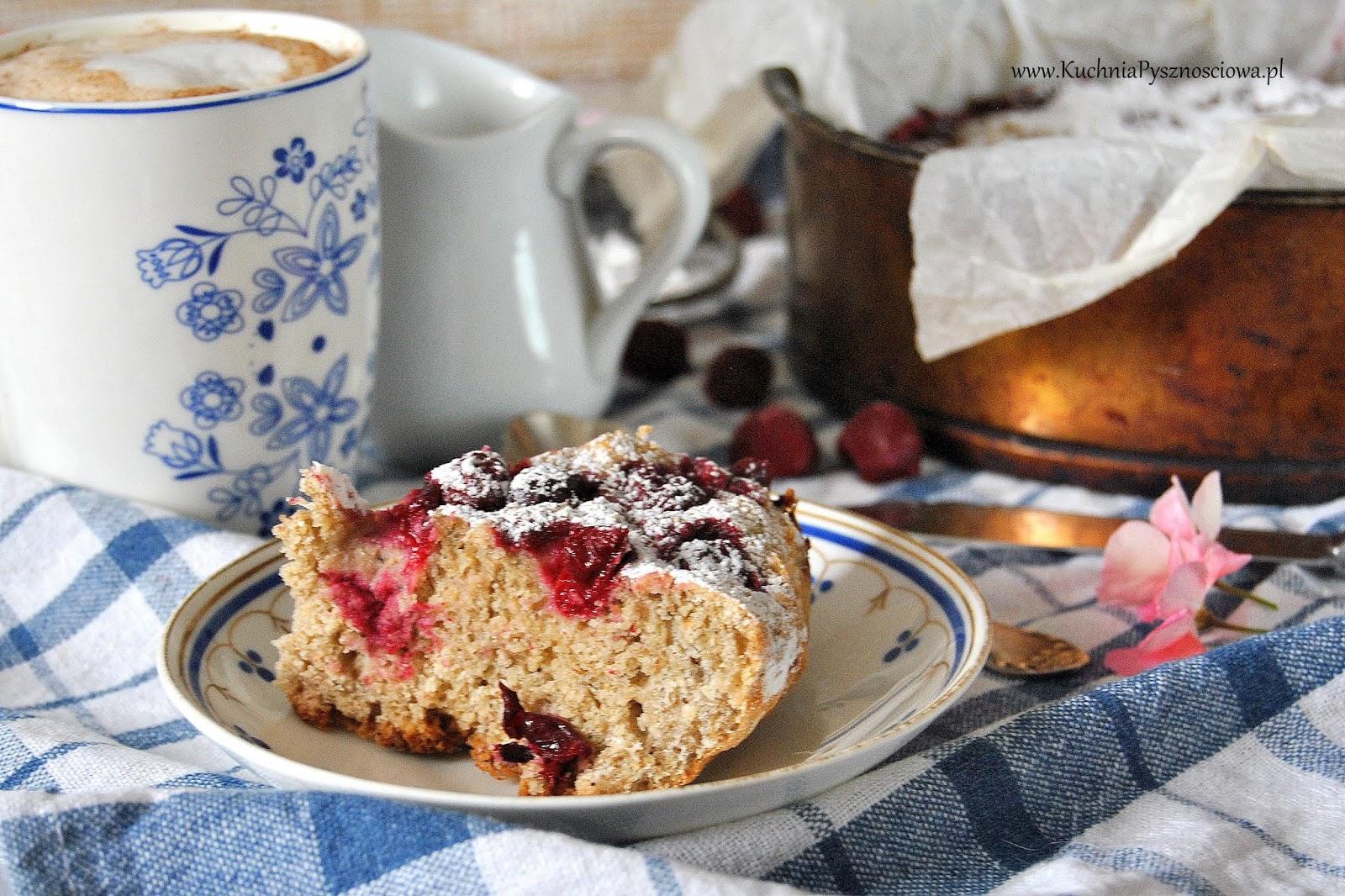 623. Jogurtowe ciasto pełnoziarniste z wiśniami