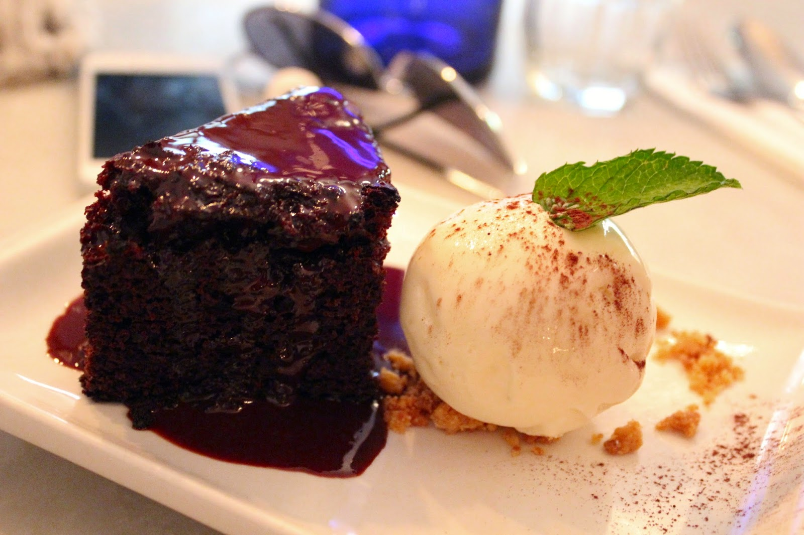 Riddle and Finns Brighton chocolate fudge cake