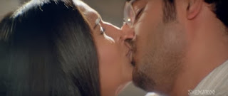 Meghna Naidu Himanshu Malik Hot Smooch In Movie Rain 8