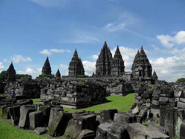 Candi Prambanan – Candi Hindu Kuno Di Jawa, Indonesia