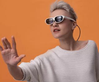 Nreal تضيف تتبع اليد لنظاراتها الواقعية المختلطة