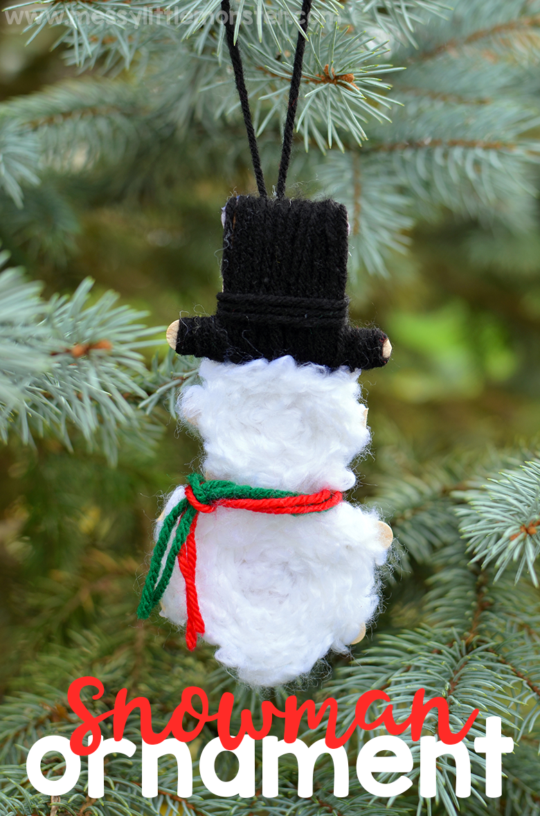 Yarn wrapped Christmas ornaments. DIY snowman ornaments for kids to make. These snowman Christmas ornaments make a fun snowman craft to try this winter!
