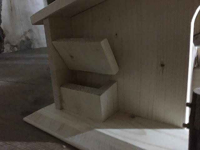 Pferdestall Futterbox Holz