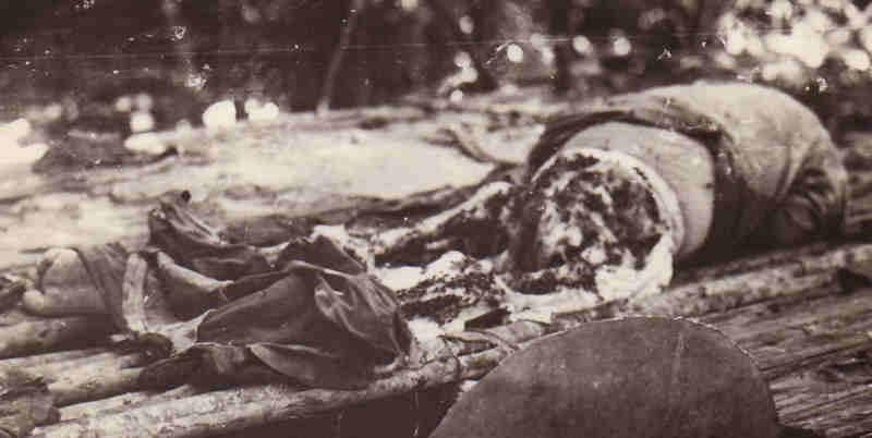 Κατακρεουργημένο ανθρώπινο σώμα στην Παπούα Νέα Γουινέα, 1943