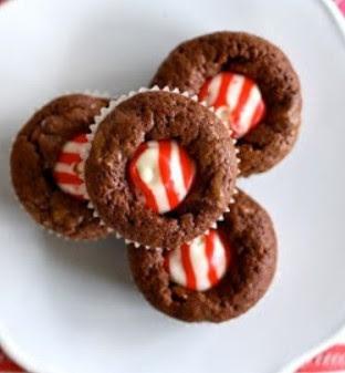 Candy Cane Kiss Brownie Bites
