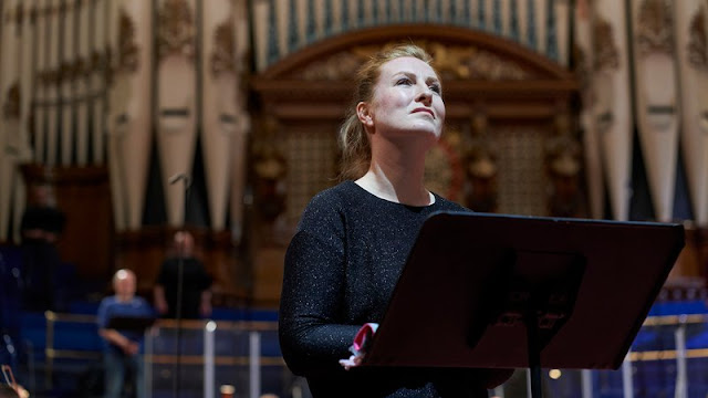 Gluck: Orfeo ed Euridice - Paula Murrihy, Opera North (Photo Justin Slee)
