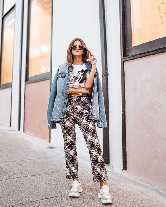 Looks com jaqueta jeans