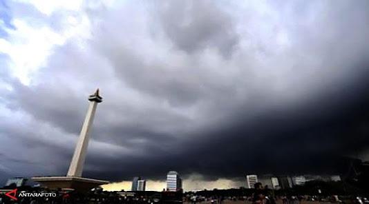 Cuaca Jakarta Siang Nanti Diprediksi Diguyur Hujan Ringan