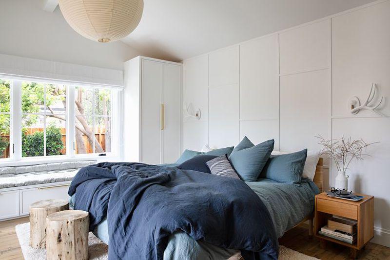 Dormitorio de casa de campo rústico