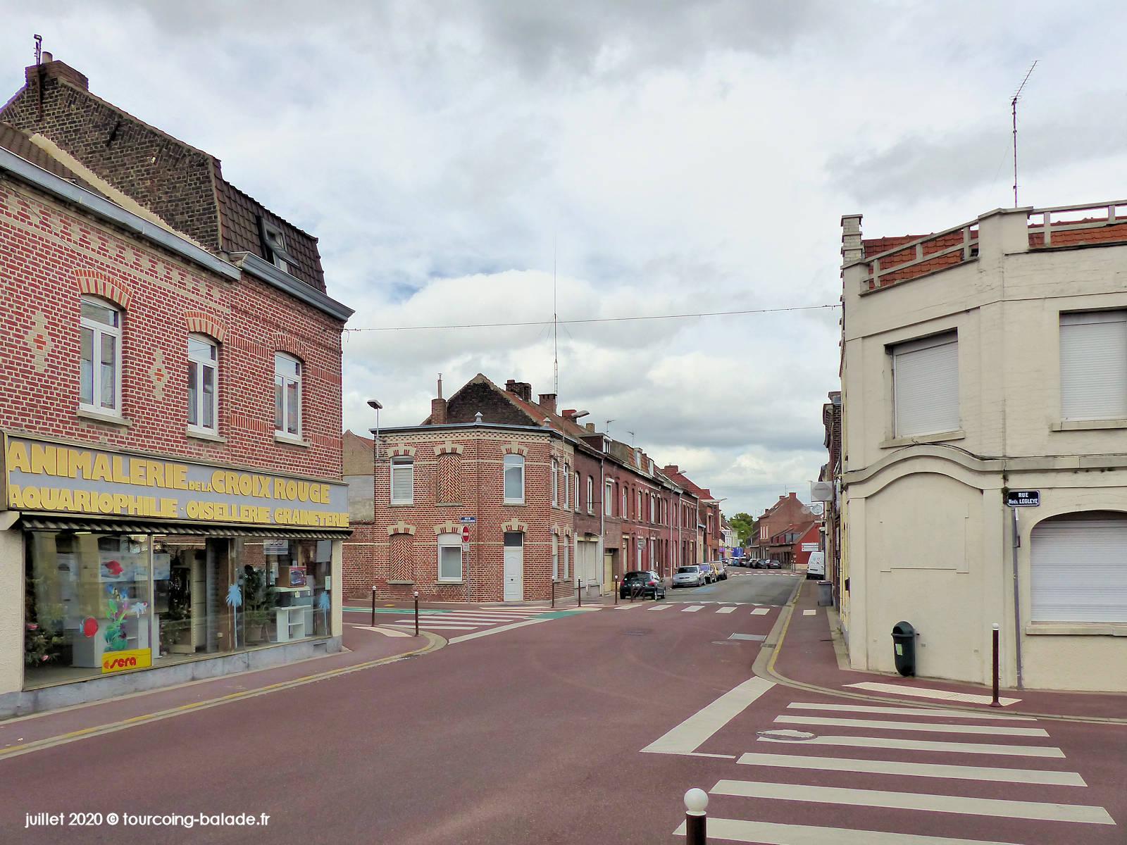Rue de la Croix-Rouge, Tourcoing 2020 - Animalerie
