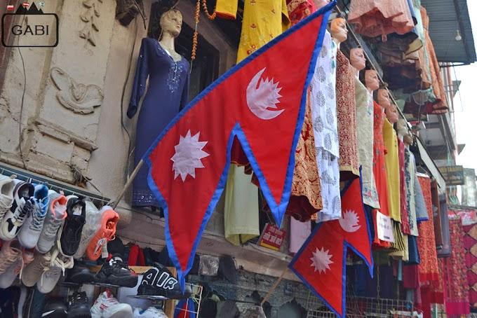 U podnóża Himalajów, czyli Nepal z Rainbowem