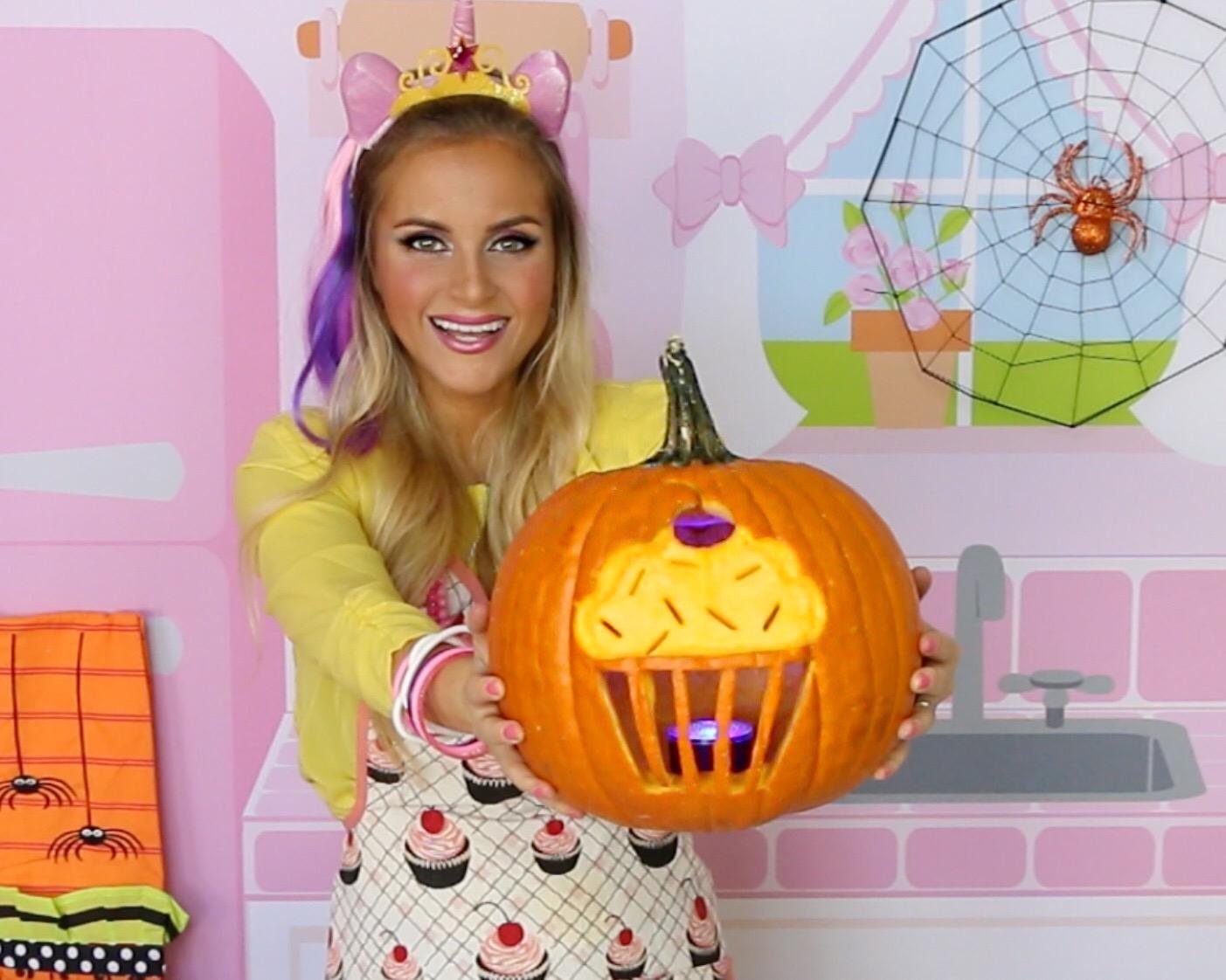 Video How To Carve A Cupcake Jack O Lantern Diy Cupcake Pumpkin The Lindsay Ann