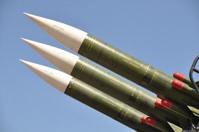 किस देश के पास सबसे अधिक परमाणु हथियार हैं?