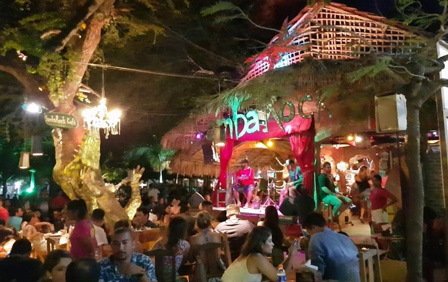 Onde comer em Jericoacoara, bares, restaurantes, forró