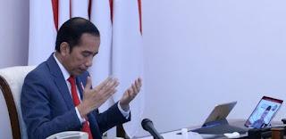 Pak Jokowi Disarankan untuk Salat Istikharah Dulu Sebelum Tanda Tangan