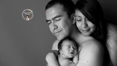 Fotografías artísticas de bebés respetuosas y seguras
