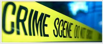 Mulher mata o namorado e dorme por dois dia em cima do corpo antes de ser presa