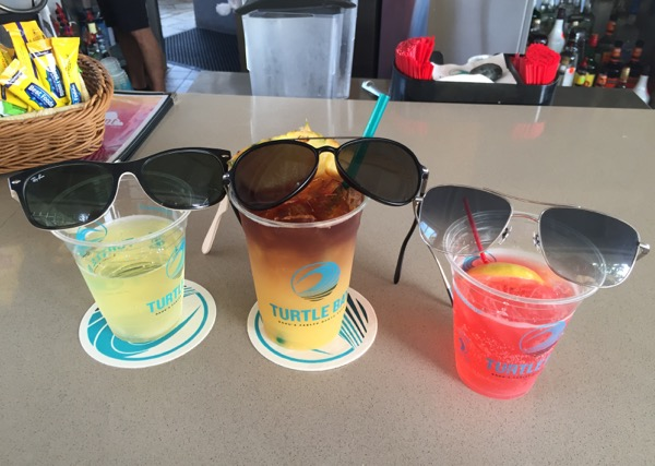 Hawaiian cocktails sunglasses
