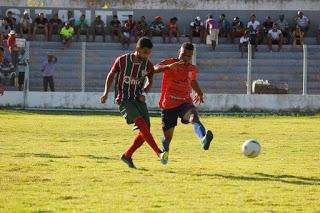 Copa Sertão: Fluminense de Valença goleia Tanque FC por 4 a 1 e confirma primeira colocação na sede Elesbão Veloso.