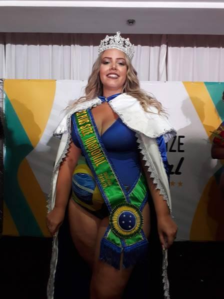Jornalista cearense Talita Reis é eleita Miss Plus Size Nacional 4be1dea8b1f31
