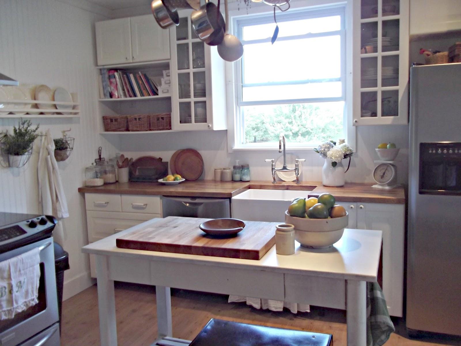Rustic Farmhouse: A Farm Style Sink on Rustic Farmhouse Kitchen  id=57145