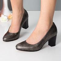 pantofi-cu-toc-gros-modele-noi-5