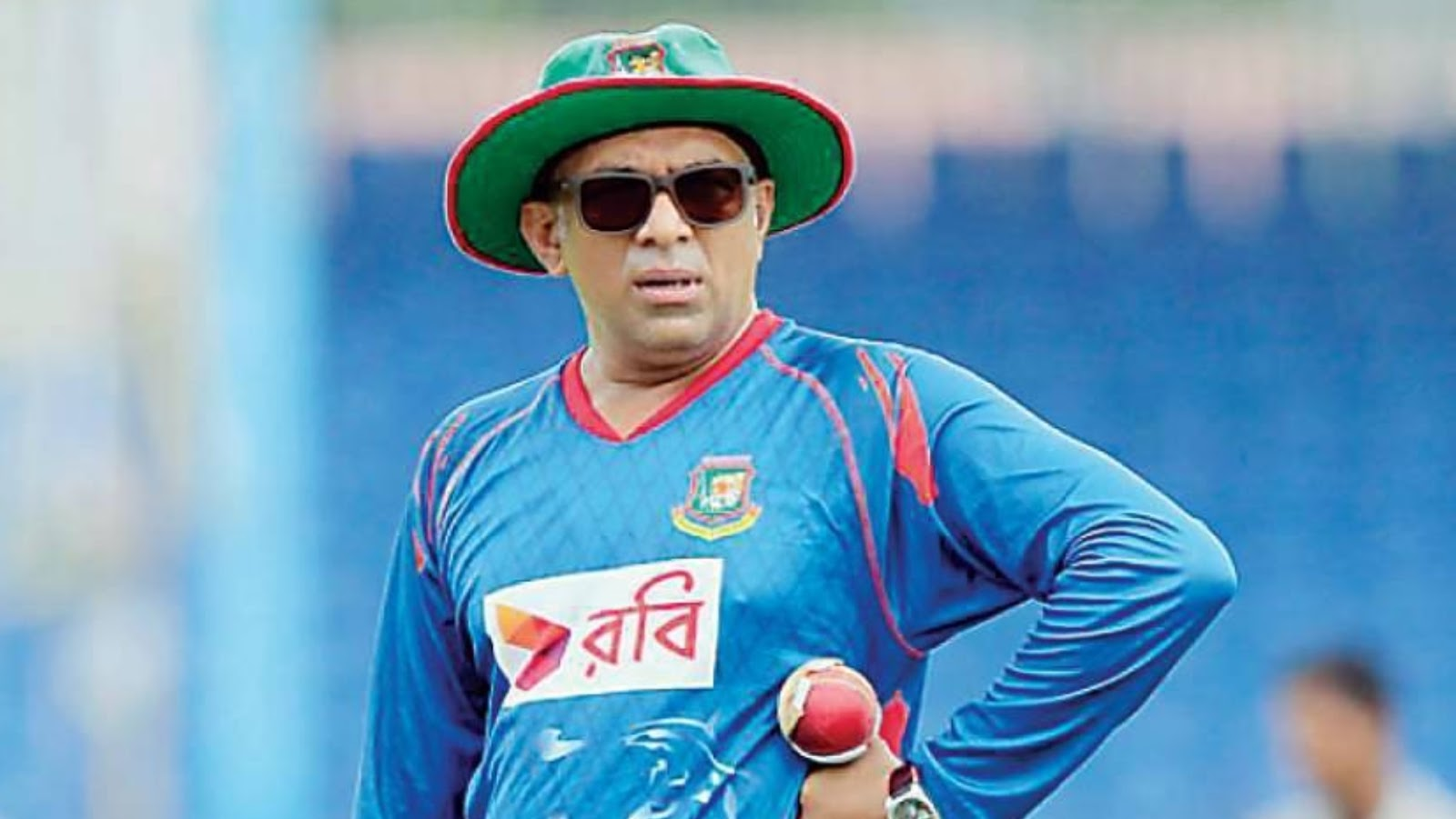 How much bangladesh cricket coach Chandika Hathurusingha earn