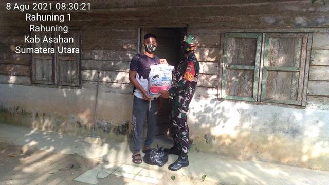 Berikan Bantuan Sembako Kepada Warga Binaan Kurang Mampu Dilakukan Personel Jajaran Kodim 0208/Asahan