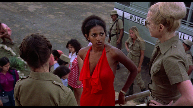 Black Mama, White Mama screenshot Pam Grier