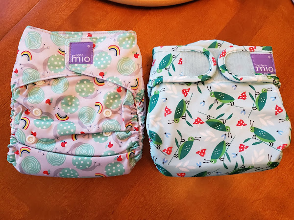 The Greenish Life: Cloth Diapering and how to Catch Poo in Style!