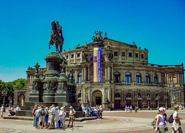 Semperoper, a Ópera de Dresden, Alemanha