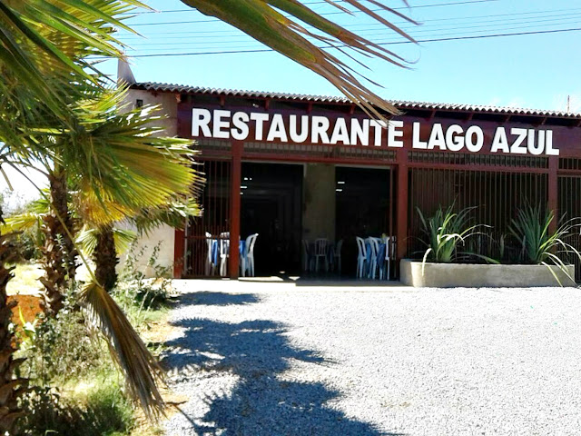 https://www.facebook.com/Restaurante-lago-azul-355830211224333/