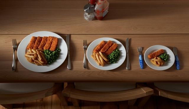 Jangan hidangkan makanan dalam satu porsi penuh
