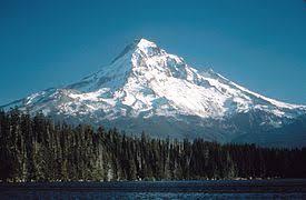 reportan enjambre sísmico en el volcán monte hood en Oregón.