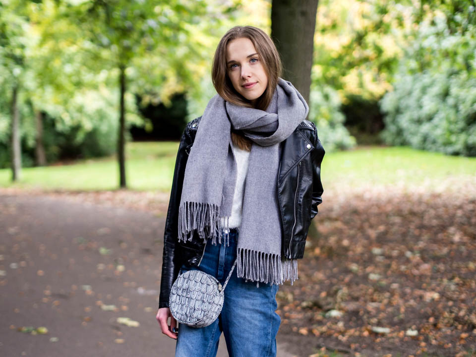 fashion-blogger-autumn-outfit-and-high-steet-shopping-guide