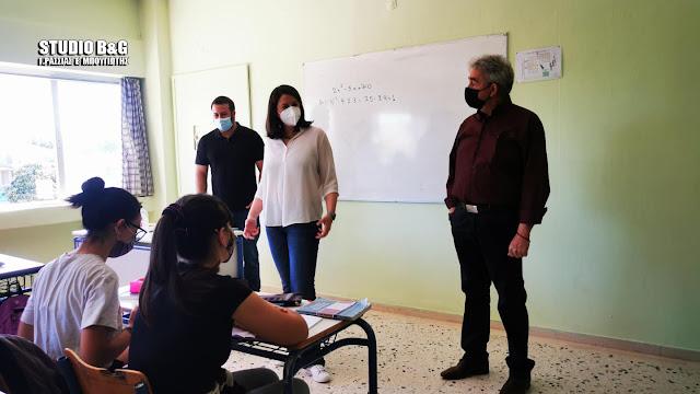Επίσκεψη της Υπουργού Παιδείας σε σχολικές μονάδες της Αργολίδας (βίντεο)