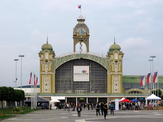 Middle hall of the Průmyslový palác (Industrial Palace) by Bedřich Münzberger, Výstaviště Praha (Prague Exhibition Grounds), Areál Výstaviště, Holešovice, Prague