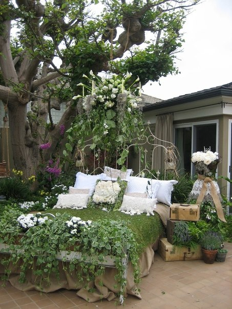 Secret Garden: Garden Decor Ideas